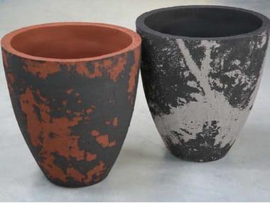 High terracotta garden vase NARA