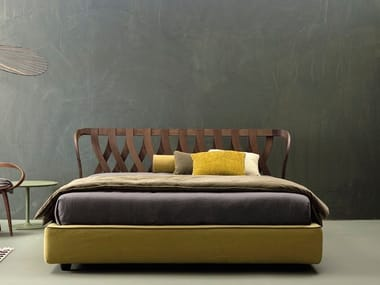 Wooden double bed NATURAL