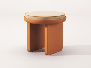Sled base stool with integrated cushion NEREIDE | Stool with integrated cushion
