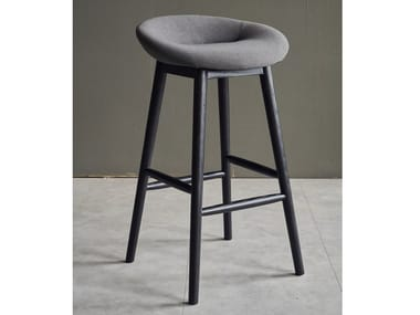 High fabric barstool with footrest NEST