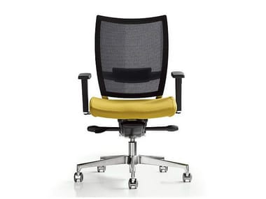 Task chair with 5-Spoke base with armrests NEST | Task chair
