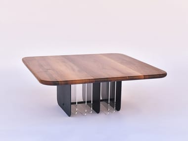 Square walnut coffee table NETTO