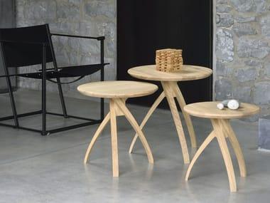 Round oak side table OAK TWIST
