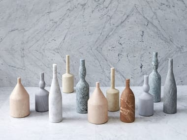 Marble decorative object OMAGGIO A MORANDI