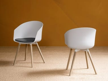 Plastic chair with integrated cushion OSLO