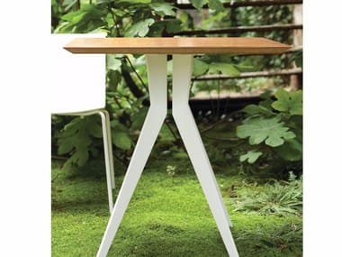 Square steel table OUTLINE | Square table