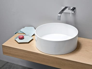 Countertop round ceramic washbasin OVVIO | Round washbasin