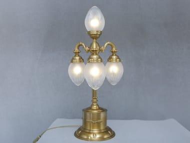 Lampada da tavolo a luce diretta fatta a mano in ottone PAPA | Lampada da tavolo