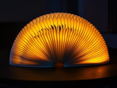 Lampada da tavolo a LED in carta senza fili PAPER | Lampada da tavolo in carta