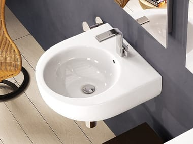 Wall-mounted ceramic handrinse basin with overflow round PASS | Wall-mounted handrinse basin