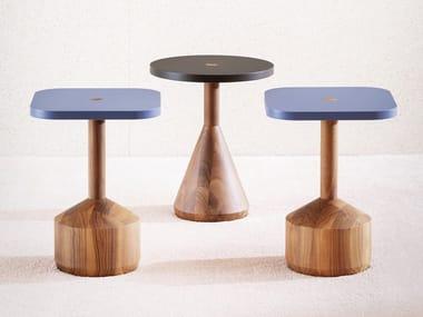 Mesa de centro de café lacada de madeira maciça PEZZO | Mesa de centro de café