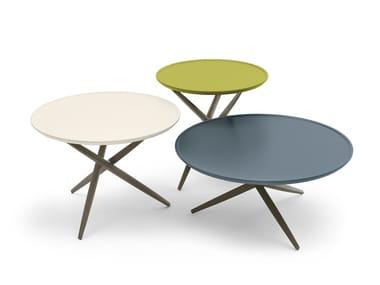 Mesa de apoio lacada de madeira maciça PICO | Mesa de centro
