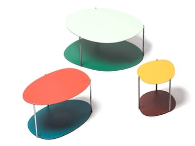 Oval Painted steel coffee table with integrated magazine rack PICOS