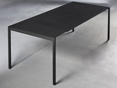 Extending steel table PIET