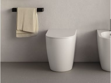 Floor mounted ceramic toilet PIN | Floor mounted toilet