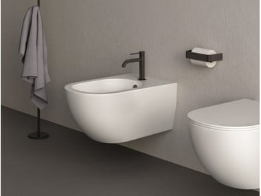 Wall-hung ceramic bidet PIN | Wall-hung bidet
