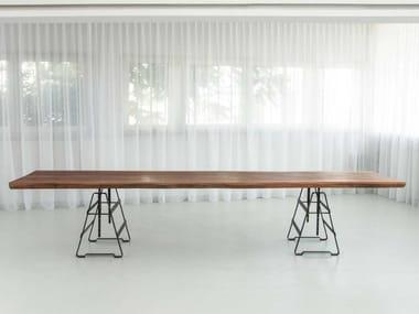 Height-adjustable mahogany table PLANK