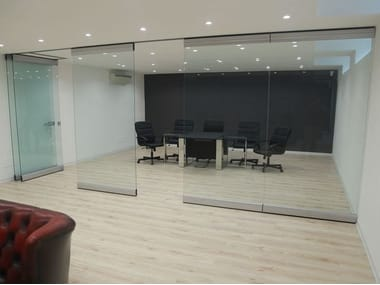 Tempered glass movable partition walls PMC - CRYSTAL