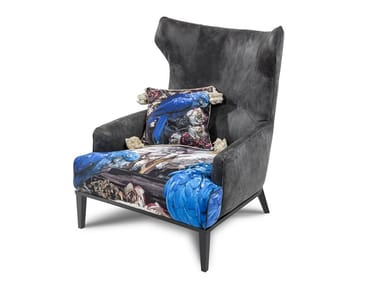 Upholstered fabric armchair with armrests PN-302