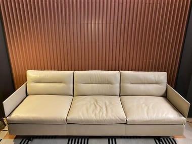 3 seater leather sofa POLTRONA FRAU GRANTORINO Nest-Madreperla