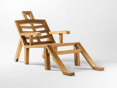 Iroko deck chair with armrests PORTLLIGAT
