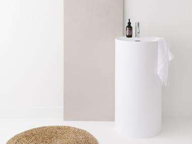 Freestanding round Cristalplant® washbasin POSE   Round washbasin