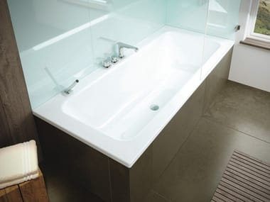 Rectangular enamelled steel bathtub PURO SET WIDE
