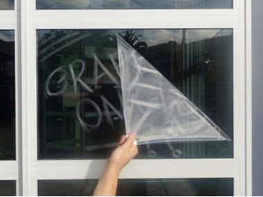 Vandal-resistant window film Pellicola anti-graffiti