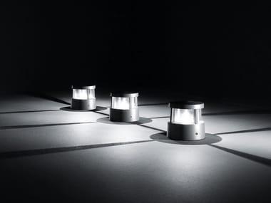 Lámpara de pie LED de aluminio moldeado REEF