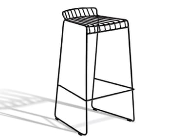 Sled base steel stool with footrest RESÖ | Stool