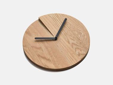 Wall-mounted oak clock RESET