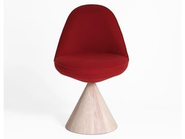 Sedia girevole in legno massello e tessuto ROMBY | Sedia in tessuto
