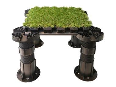 Pavimento modulare drenante con finitura in erba sintetica ROOFINGREEN NATURE DRAIN