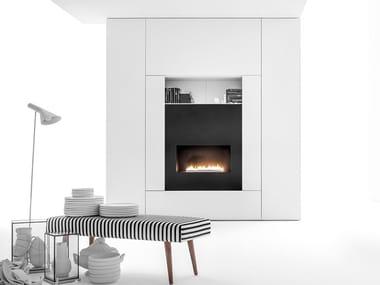 Anbau- lackierte Wohnwand aus Holz mit Kamin ROOMY | Storage wall with fireplace