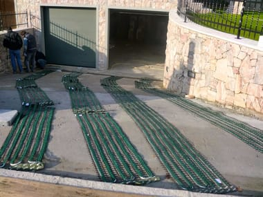 Radiating cable and mat Outdoor mat