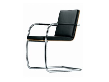 Cantilever chair with armrests S 60