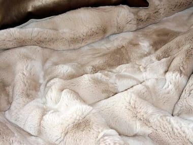 Natural fur throw and cushions SALMA