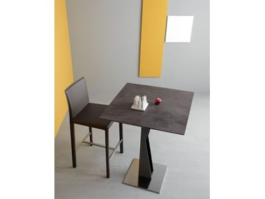 Square ceramic high table SAM | High table