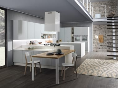Lacquered fitted kitchen with peninsula SAND | Lacquered kitchen