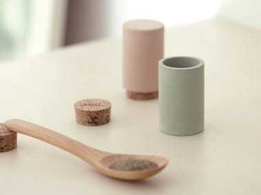 Diatomaceous earth salt and pepper shaker SEASONING CASE SET
