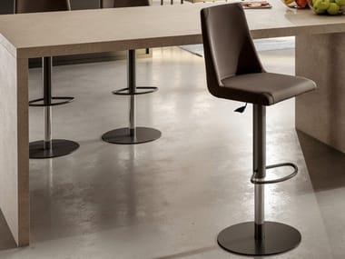 Stool with gas lift with footrest SEATTLE