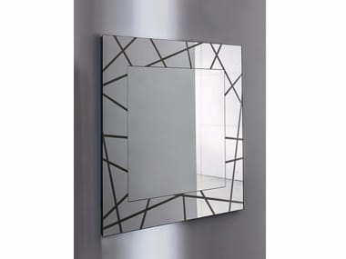 Square wall-mounted framed mirror SEGMENT SQUARE