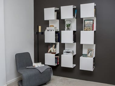 Wall-mounted powder coated aluminium bookcase SHOWCASE#1