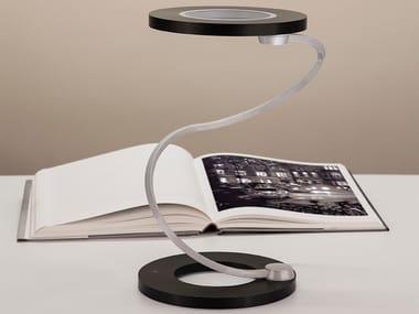Lampada da scrivania a LED SINUOSA