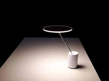 Direct light extruded aluminium table lamp SISIFO