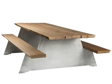 Oak picnic table with integrated benches SOLID