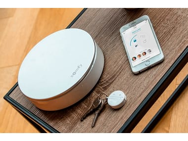 Surveillance and control system SOMFY HOME ALARM