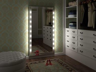 Rectangular wall-mounted aluminium mirror with integrated lighting SP302