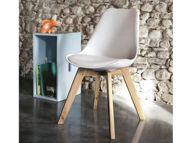 Imitation leather chair with integrated cushion SPACE