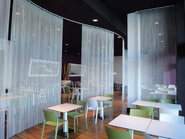 Aluminium chain curtain SPACE DIVIDER - MOBILE CURVED